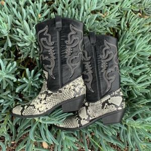 Shoes - Grey Python Knee High High Pull on Boots